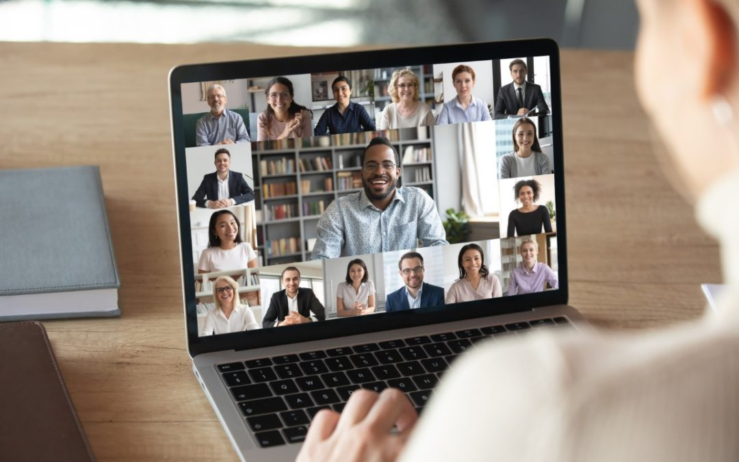 Logiciels de réunion et de conférence : inquiétudes quant à la protection de la vie privée des employés en télétravail